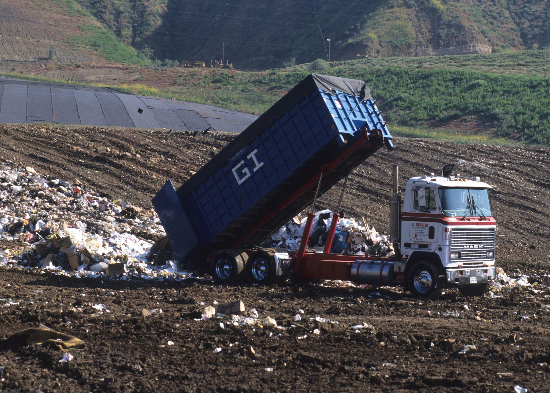 dump-truck-1396587_1920